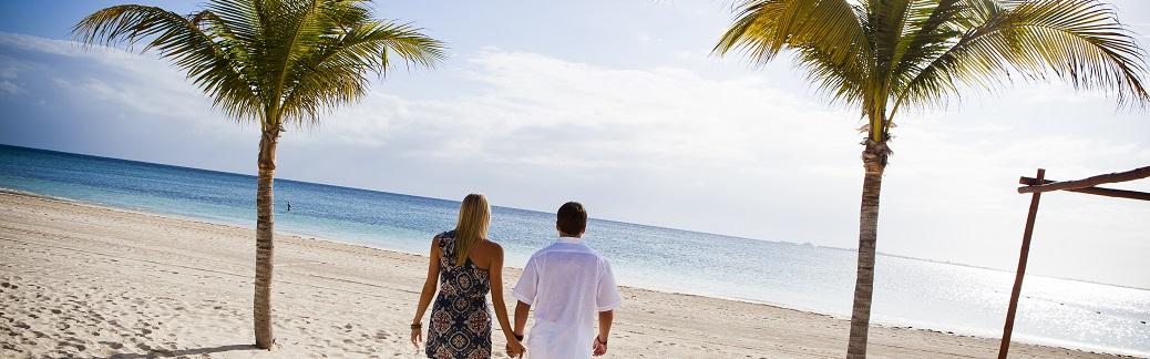 Cancun_147895144