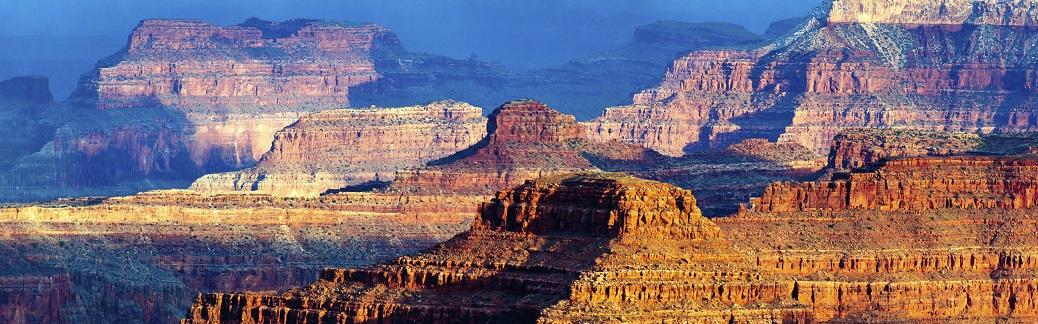 USA Canyon_482120365